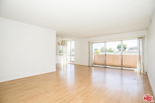 2 Bedrooms, Encino Rental in Los Angeles, CA for $2,280 - Photo 1