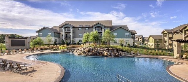 1 Bedroom, Sandstone Creek Apartments Rental in Kansas City, MO-KS for $915 - Photo 1