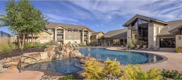 1 Bedroom, Sandstone Creek Apartments Rental in Kansas City, MO-KS for $915 - Photo 2