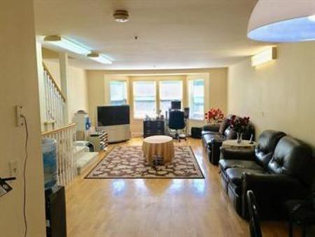5 Bedrooms, North Cambridge Rental in Boston, MA for $4,700 - Photo 1