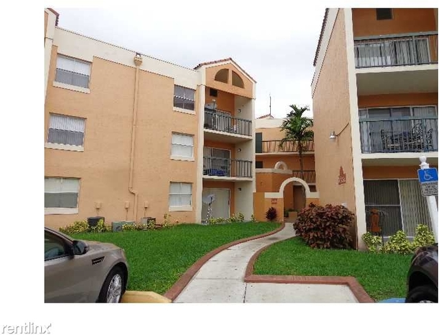 1 Bedroom, Pelicans Point Rental in Miami, FL for $1,375 - Photo 2