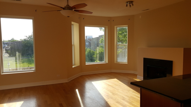 3 Bedrooms, Grand Boulevard Rental in Chicago, IL for $1,700 - Photo 2