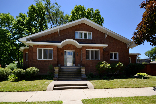4 Bedrooms, Oak Park Rental in Chicago, IL for $3,250 - Photo 1