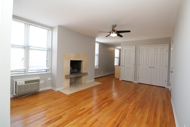 1 Bedroom, Wrightwood Rental in Chicago, IL for $1,900 - Photo 2