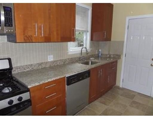 3 Bedrooms, Winter Hill Rental in Boston, MA for $2,950 - Photo 2