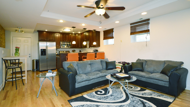 2 Bedrooms, Rogers Park Rental in Chicago, IL for $1,400 - Photo 2