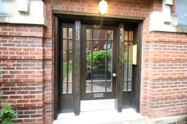 1 Bedroom, Oak Park Rental in Chicago, IL for $1,200 - Photo 2
