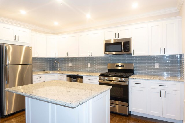 4 Bedrooms, Winter Hill Rental in Boston, MA for $3,995 - Photo 2