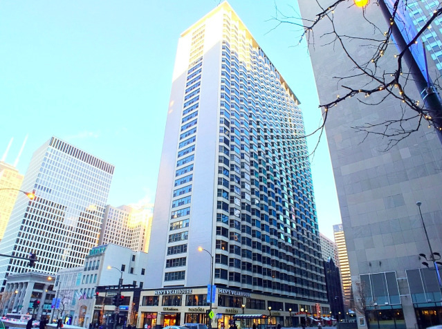 2 Bedrooms, Magnificent Mile Rental in Chicago, IL for $2,499 - Photo 1