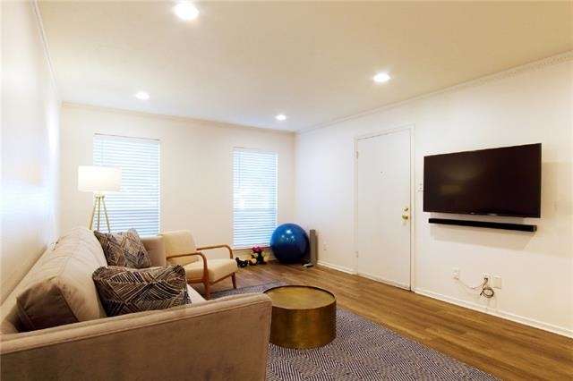 2 Bedrooms, Park Central Place Rental in Dallas for $1,995 - Photo 2