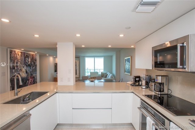 2 Bedrooms, Millionaire's Row Rental in Miami, FL for $3,650 - Photo 2