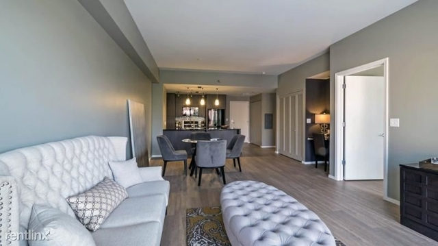 2 Bedrooms, Old Town Rental in Chicago, IL for $4,329 - Photo 1