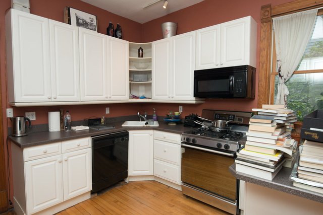 2 Bedrooms, North Center Rental in Chicago, IL for $1,950 - Photo 2