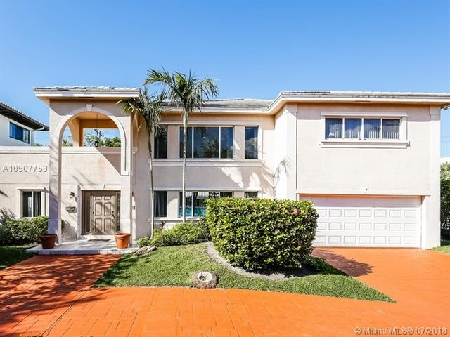 4 Bedrooms, Biscayne Key Estates Rental in Miami, FL for $6,700 - Photo 2