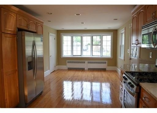 3 Bedrooms, South Quincy Rental in Boston, MA for $2,700 - Photo 2