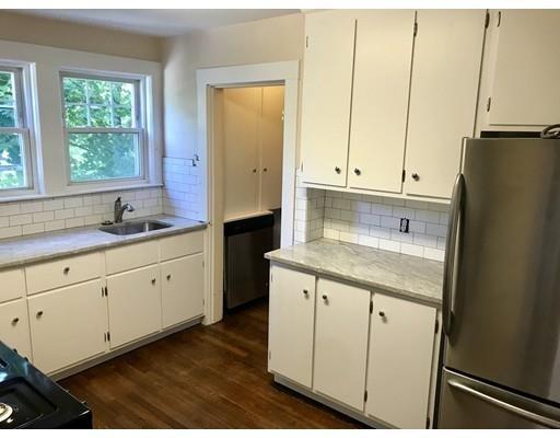 2 Bedrooms, Newton Corner Rental in Boston, MA for $2,400 - Photo 2