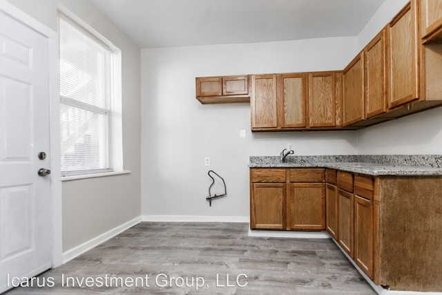 3 Bedrooms, Oakland Rental in Chicago, IL for $1,325 - Photo 1