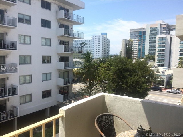 2 Bedrooms, Lenox Manor Rental in Miami, FL for $1,999 - Photo 1