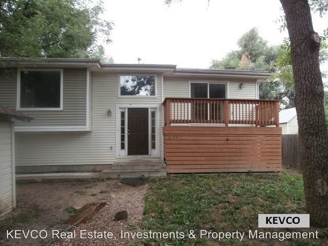 4 Bedrooms, University North Rental in Fort Collins, CO for $1,950 - Photo 1