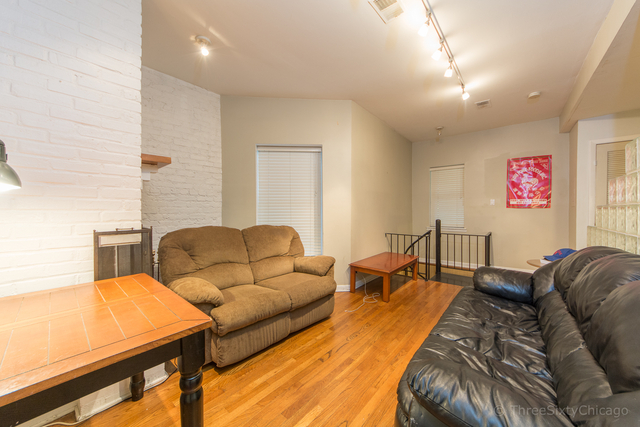 3 Bedrooms, Lakeview Rental in Chicago, IL for $2,499 - Photo 2