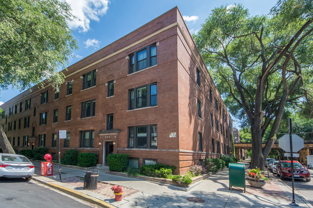 3 Bedrooms, Lakeview Rental in Chicago, IL for $2,499 - Photo 1