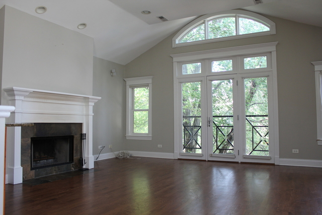2 Bedrooms, Wrightwood Rental in Chicago, IL for $3,100 - Photo 2