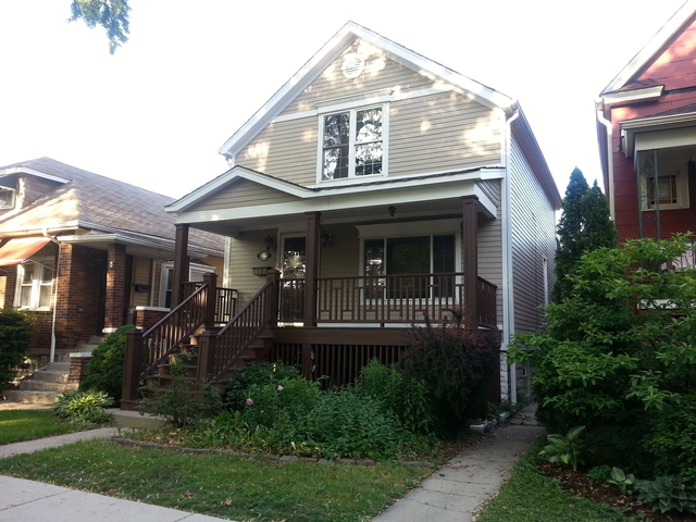 3 Bedrooms, Oak Park Rental in Chicago, IL for $2,600 - Photo 1