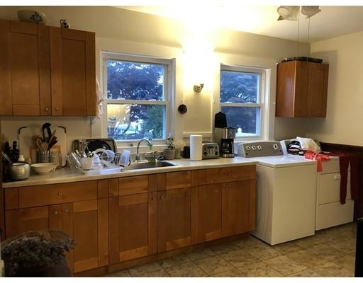 2 Bedrooms, Wollaston Rental in Boston, MA for $1,800 - Photo 1