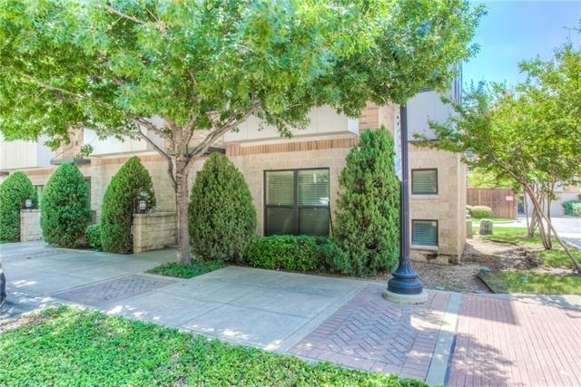 3 Bedrooms, Downtown Fort Worth Rental in Dallas for $2,795 - Photo 1