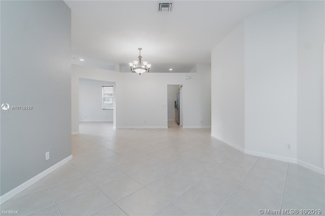 4 Bedrooms, Weston Rental in Miami, FL for $2,950 - Photo 1