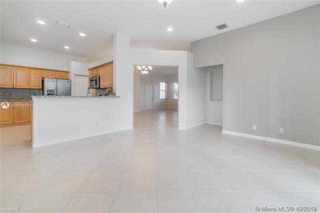 4 Bedrooms, Weston Rental in Miami, FL for $2,950 - Photo 2