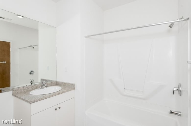 1 Bedroom, Avenue of the Arts South Rental in Philadelphia, PA for $1,465 - Photo 2
