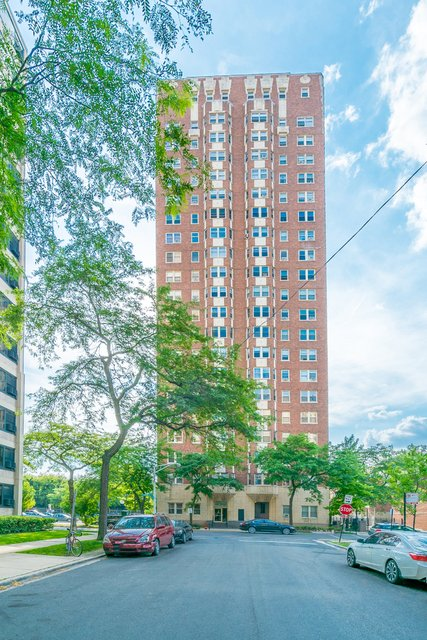 2 Bedrooms, East Hyde Park Rental in Chicago, IL for $2,300 - Photo 1