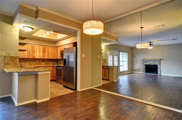 2 Bedrooms, Monticello Park Rental in Dallas for $1,395 - Photo 1