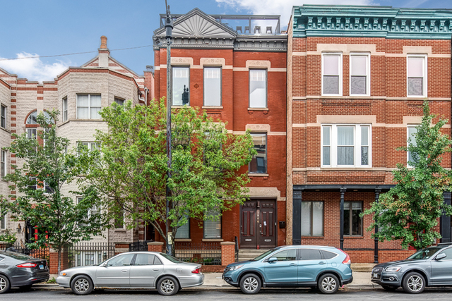 3 Bedrooms, Ranch Triangle Rental in Chicago, IL for $3,800 - Photo 1