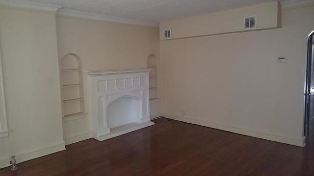 2 Bedrooms, South Chicago Rental in Chicago, IL for $900 - Photo 2