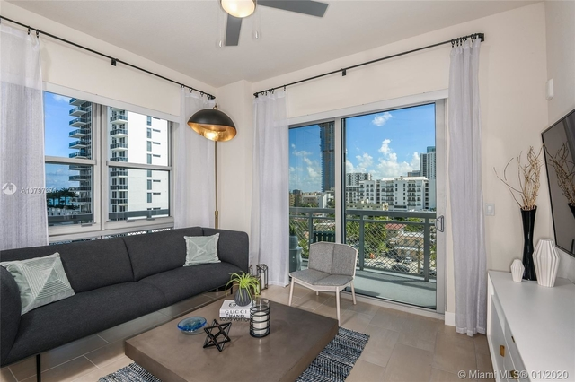 2 Bedrooms, Goldcourt Rental in Miami, FL for $2,361 - Photo 2
