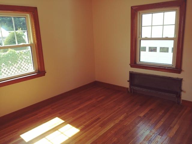 3 Bedrooms, Nonantum Rental in Boston, MA for $2,500 - Photo 2