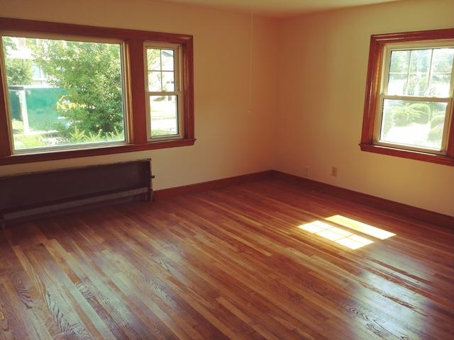 3 Bedrooms, Nonantum Rental in Boston, MA for $2,500 - Photo 1