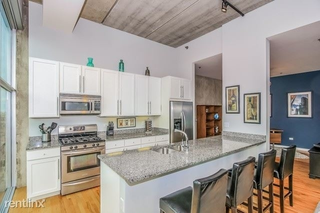 3 Bedrooms, River North Rental in Chicago, IL for $4,500 - Photo 1