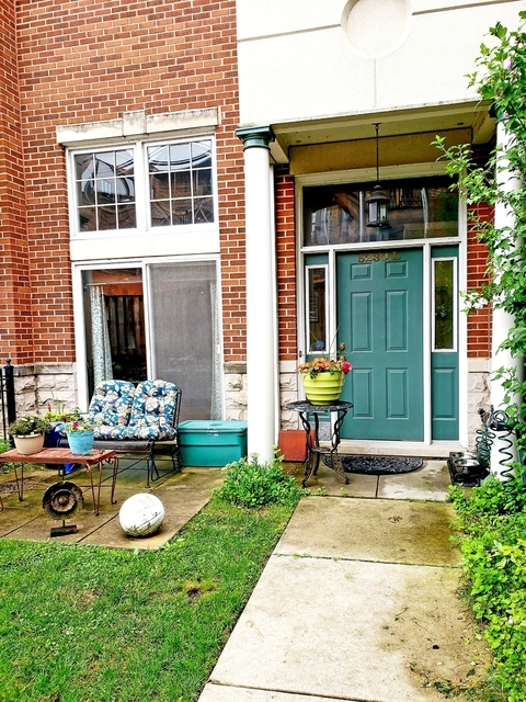 4 Bedrooms, Hyde Park Rental in Chicago, IL for $2,800 - Photo 1