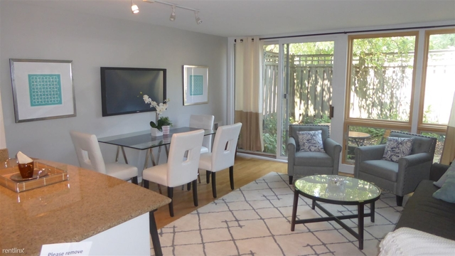 1 Bedroom, Lincoln Park Rental in Chicago, IL for $2,100 - Photo 2