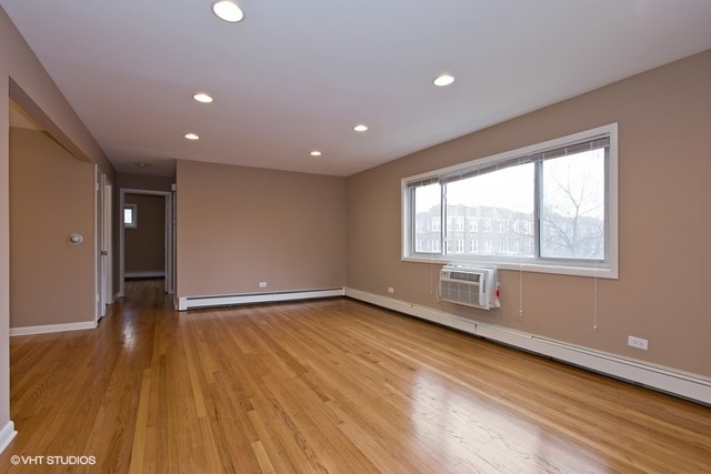 2 Bedrooms, Ravenswood Rental in Chicago, IL for $1,450 - Photo 2