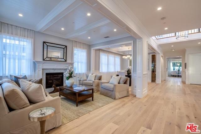 5 Bedrooms, Sherman Oaks Rental in Los Angeles, CA for $15,000 - Photo 2