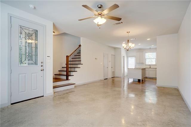 2 Bedrooms, Monticello Rental in Dallas for $2,000 - Photo 2