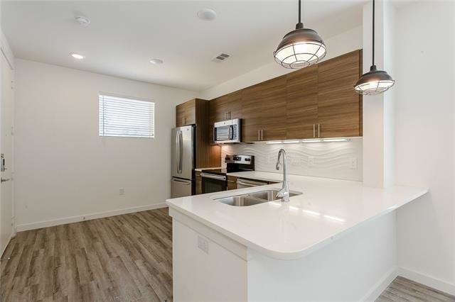 1 Bedroom, Bishop Arts District Rental in Dallas for $1,585 - Photo 2