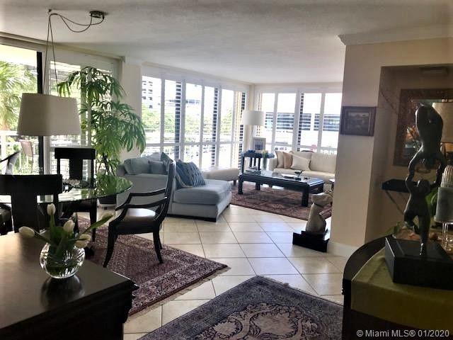 2 Bedrooms, Northeast Coconut Grove Rental in Miami, FL for $3,800 - Photo 2