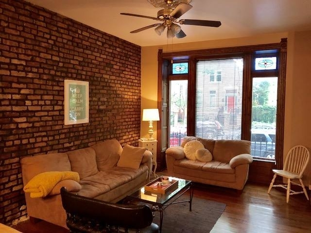3 Bedrooms, Sheffield Rental in Chicago, IL for $2,599 - Photo 2