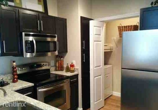 1 Bedroom, Greenway - Upper Kirby Rental in Houston for $1,230 - Photo 1