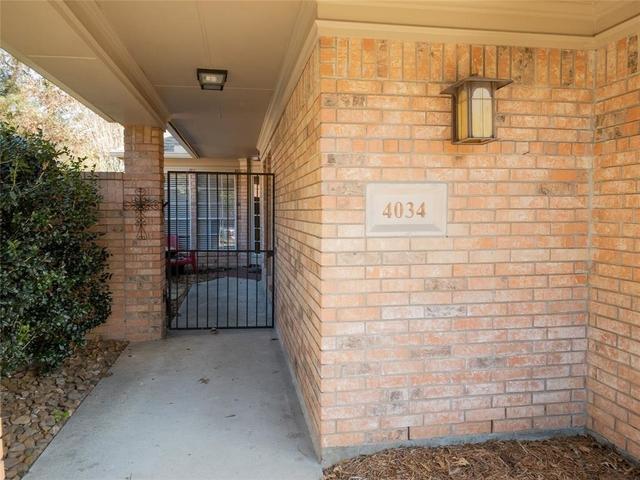 3 Bedrooms, Kings Crossing Rental in Houston for $2,300 - Photo 2